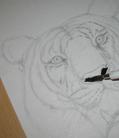 Точечная техника рисования, бумага, перо, тушь